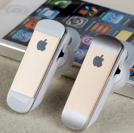 Apple Wireleb Headset For Iphone